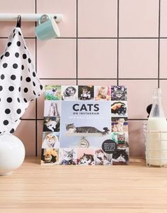 Discover gifts for her at ASOS. Find the perfect little present and shop for gift cards, jewelry, beauty products & accessories or books with ASOS. Tea Sandwiches, Birthday Woman, Birthday Gifts For Women, Photo Chat, Secret Santa Gifts, Shop Window Displays, Surprise Gifts, Breakfast For Kids, Cat Gifts
