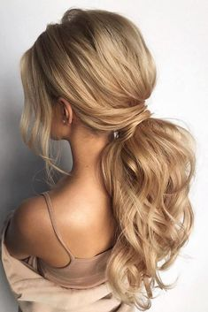 wavy and voluminous ponytail, ponytail hairstyles , wedding ponytail wedding hairstyles , classic wedding hairstyles hairstyles classic These ponytail hairstyles will take your hairstyle to the next level Low Ponytail Hairstyles, Prom Hairstyles For Long Hair, Formal Hairstyles, Hairstyles Haircuts, Asian Hairstyles, Redhead Hairstyles, Low Ponytails, Office Hairstyles, Stylish Hairstyles