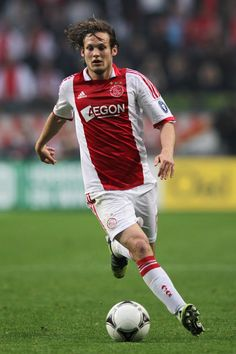 Daley Blind Photos - Daley Blind of Ajax in action during the Eredivisie match between Ajax Amsterdam and VVV Venlo at Amsterdam Arena on May 2012 in Amsterdam, Netherlands. - Ajax Amsterdam v VVV Venlo - Eredivisie Football Soccer, Football Players, Daley Blind, Afc Ajax, Professional Soccer, Sports Art, Amsterdam, Blinds, Baseball Cards
