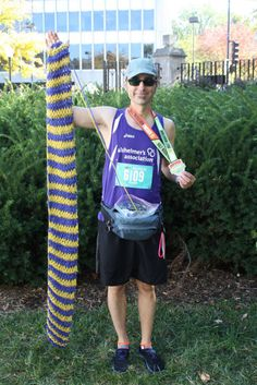 After knitting his way into world record, UCM runner ready for NYC Marathon