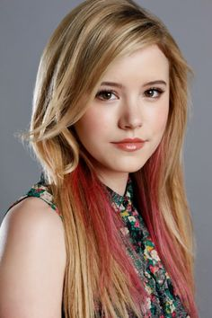 Taylor Spreitler, another possible Dawn. I like this actress ever so much. She,s so pretty ....my gosh.. Sal P