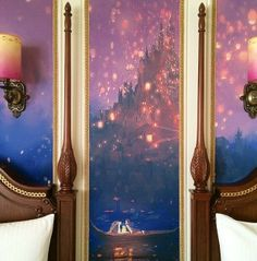 Tangled Themed hotel rooms at Tokyo Disneyland feature Rapunzel, Flynn, and Maximus, and of course the iconic Tangled lantern scene. Themed Hotel Rooms, Disney Themed Rooms, Disney Rooms, Disney Nursery, Tokyo Disneyland Resort, Disneyland Hotel, Jack Frost, Tangled Lanterns Scene, Tangled Room