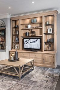 Living Room Wall Units, Living Room Tv, Home And Living, Flat House Design, Deco Buffet, Rustic Cabinets, Country Interior, Home Libraries, Home Room Design