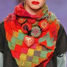 http://www.tmcollection.com/en/shop/accessory/1579-patchwork-stole-detail.html