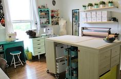 Remember when I moved last year and promised I'd share photos of my new sewing room? Well, we're almost a year overdue – but I'm finally making good on that promise! Truth be told, I kept putting Sewing Room Design, My Sewing Room, Sewing Studio, Sewing Rooms, Office Desk, Home Office, Quilting Room, Workspace Inspiration, Sewing Hacks