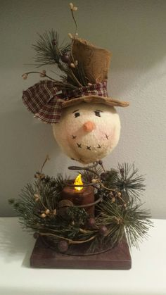 Easy and Cheap DIY Christmas Decorations for your Home – Bed Spring Snowmen Learn how to make easy and cheap Christmas decorations for your home. Snowman Crafts, Christmas Projects, Crafts To Sell, Holiday Crafts, Snowman Wreath, Diy Crafts, Christmas Decor Diy Cheap, Christmas Decorations, Prim Christmas