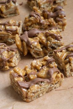 Good Morning Sunshine Bars are a sweet, crunchy, delicious no-bake treat filled with cereal, chocolate, and peanut butter! - Bake or Break: Cereal Treats, No Bake Treats, Yummy Treats, Sweet Treats, Cereal Bars, Kashi Cereal, Trix Cereal, Baby Cereal, Cookie Recipes
