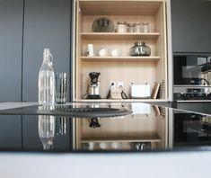 #aamiaiskaappi #kitchenbar #blackkitchen #mustakeittiö #keittiö #kitcheninterior #kitchenideas White Kitchen Decor, Bar, Kitchen Cabinets, Houses, Home Decor, Homes, Decoration Home, Room Decor, Cabinets