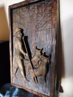 40 zł: Ozdobna rzeźba  z Holandii,przedstawiająca  myśliwego z psami. Wymiary:wys.40 cm,szer.23 cm Odbiór osobisty ul.Dębowa 1/2