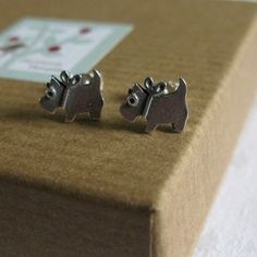 Each stud measures approx from nose to tail and approx tall. Temple Jewellery, Scottie Dog, Precious Metals, Studs, Super Cute, Stud Earrings, Jewels, Gemstones, Dogs