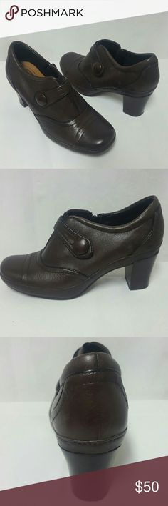 Clark's Artisan leather ankle boots New Size 6 Clark's Artisan boots new without box, please note this was a display pair so they have a tiny bit of shelf wear. Size 6 medium, leather, heel is 2.2 inches, top to bottom of boot is 5.2 inches. Thank you Clarks Shoes Ankle Boots & Booties