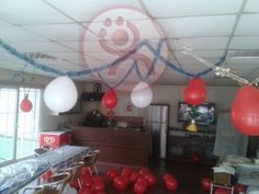Doğum günlerinde en güzel balon süslemeleri için mekan dekoruna uygun şekilde profesyonel bir şekilde hazırlanan ekibimiz ile unutulmaz doğum günü partisine hazır olun.İletişim ve rezervasyon için bizi arayınız.