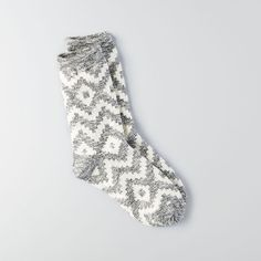 American Eagle gray and white print crew socks Cabin Socks, Grey Socks, Cute Socks, Fashion Socks, Boot Socks, Sock Shoes, My Style, Clothes, American Eagle Socks