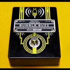 Black Bumble Buzz Guitar Pedal   Third Man Records