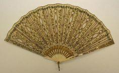 Fan    18th century,    French,    silk, ivory