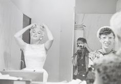 vintage everyday: These Rare Candid Photographs of Marilyn Monroe in the Mid-1950s From a Superfan's Collection As You've Never Seen Before