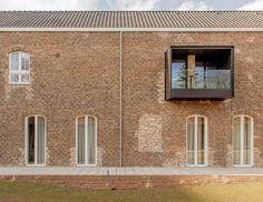 Conversão da Capela Clarenhof / a2o architecten