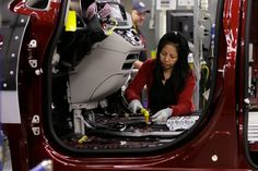 Fiat Chrysler Reaches Deal With Union Averting Strike