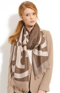 A great neutral scarf!