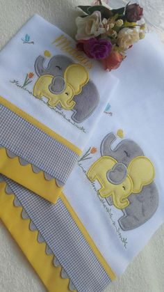 Diy Crafts - baby-Sewing baby bibs bebe 43 new ideas sewing baby Quilt Baby, Baby Boy Crib Bedding, Baby Pillows, Kids Pillows, Baby Applique, Baby Embroidery, Embroidery Design, Embroidery Dress, Baby Burp Cloths