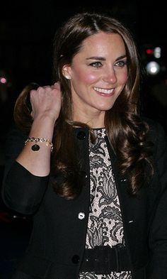 LONDON, UNITED KINGDOM - DECEMBER 06: (EMBARGOED FOR PUBLICATION IN UK NEWSPAPERS UNTIL 48 HOURS AFTER CREATE DATE AND TIME) Catherine, Duchess of Cambridge arrives for a Gary Barlow concert in support of The Prince's Trust and The Foundation of Prince William and Prince Harry at Royal Albert Hall on December 6, 2011 in London, England. (Photo by Indigo/Getty Images)