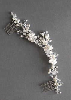 Precious Pearls | Silver bridal headpiece with pearls for Hannah