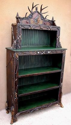 antlered bookcase ~ I normally wouldn't like stuff like this but it's kind of elvish/ Lord of the Rings-ish/ Hobbit-esque. Twig Furniture, Cabin Furniture, Antique Furniture, Wood Bookshelves, Rustic Bookcase, Old Hickory, Little Cabin, Lodge Style, Le Far West