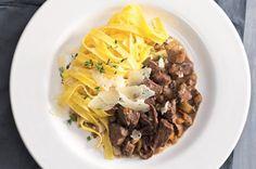 Tagliatelle s kančím ragú a pecorinem di Pienza Beef, Food, Meat, Essen, Meals, Yemek, Eten, Steak