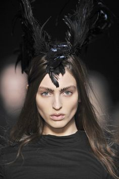 #avant #garde #fashion #dark #aesthetics #haute #goth #gothic #sensibility #ann #demeulemeester #fall #winter #2009 #bird #feathers #dramatic #taxidermy #millinery #head #piece #headpiece #female #model