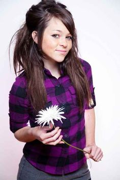 See Cady Groves in concert