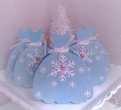 Artículos similares a Caja a Favor de Disney congelado Vestido de fiesta inspirado (estilo 1) - conjunto de 5 en Etsy