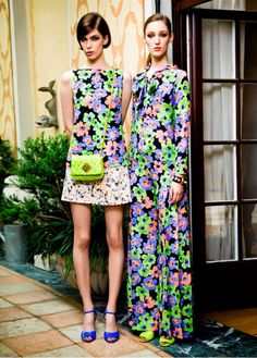 Discover the new Ad Campaign Moschino Spring/Summer 2013: style in full blossom!