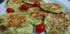 4 a 5 abobrinhas raladas no ralo grosso  - sal  - 4 ovos  - 1 dente de alho picadinho  - 1\2 de xícara farinha de trigo  - 3 colheres de  queijo parmesão ralado  - 1 cebola bem picadinha