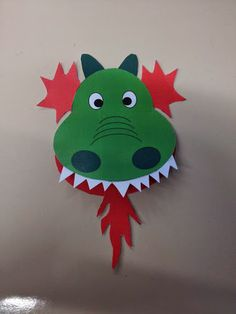 Dragon Birthday Parties, Dragon Party, Diy For Kids, Crafts For Kids, Arts And Crafts, Castle Crafts, Sewing Crafts, Diy Crafts, Puppet Crafts