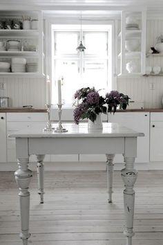 kitchen - white, shabby chic