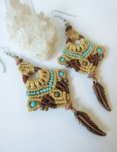 Macrame Earrings Beige Brown and Turquoise with copper, turquoise and wood beads…