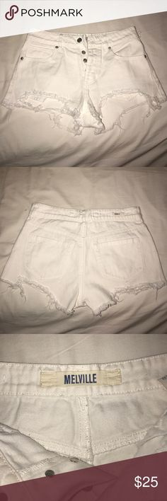 Brandy Melville white shorts White Brandy Melville shorts Brandy Melville Shorts Jean Shorts