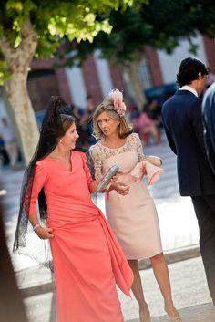 Inspiration: Wedding Style Over 50 Plus Size Dresses, Short Dresses, Dresses For Work, Summer Dresses, Dress Long, Godmother Dress, Mature Women Fashion, Cinderella Dresses, Classy Dress
