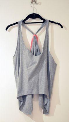 15 T-shirt DIY Crafts - Fashion Diva Design