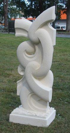 Nga Koru I sculpture