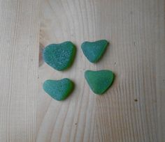 Vetri di mare a forma di cuore 4 pezzi verde  di lepropostedimari