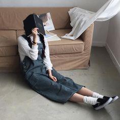 . 요즘 롱롱 기장의 원피스들 반응이 핫해요  .  Casual denim one-piece . #데일리먼데이 #데일리룩 #dailymonday #dailylook by dailymonday_korea
