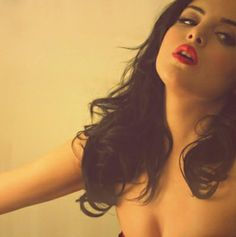 """Elizabeth Gillies from """"Victorious"""""""