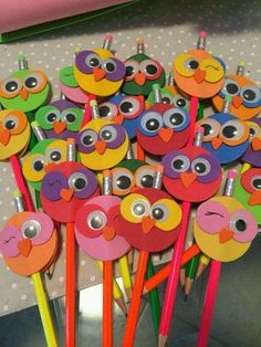 Gardening for Kids Kids Crafts, Foam Crafts, Preschool Crafts, Diy And Crafts, Arts And Crafts, Paper Crafts, Pencil Topper Crafts, Pencil Toppers, Art N Craft