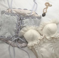 Girly Outfits, Cute Outfits, Fashion Outfits, Womens Fashion, Aesthetic Fashion, Aesthetic Clothes, Streetwear, Corset Style Tops, Outfit Look