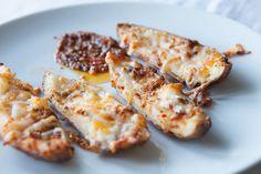 Epicure's El Dorado Potato Skins Epicure Recipes, Vegan Recipes, Cooking Recipes, Celiac Recipes, Potato Skins, Great Recipes, Favorite Recipes, Healthy Superbowl Snacks, Good Food