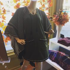 Molly the mannequin is striking a pose in her new @vfishchicago dress and @piarossini poncho. We had so much fun at #citymade this weekend and are anxiously awaiting autumn..... #andersonvillechicago #andersonville #chicago #fallfashion #ponchostyle #shopsmall