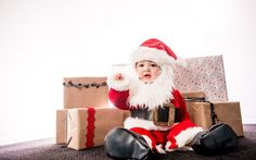 Natal é sem dúvidas um dos momentos mais especiais ❤️ do ano e a criançada adora❗ Mimos, presentes, mais presentes e lógico o papai noel 🎅🎅! Tudo isso é muito legal e marca para sempre a vida dos pequenos, mas o significado do natal é bem mais amplo e não pode ser esquecido. 😉  Separamos dicas bem legais sobre como explicar para os bebês👶 o verdadeiro sentido natalino e um vídeo muito bacana 😍 para toda família assistir junto. Confira no nosso blog: #BabyandMother #BabyClothing…