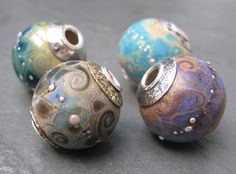 ❥ beautiful silver cored focal beads by Karen Baildon