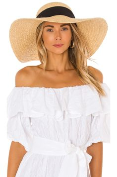 Outfits With Hats, Chic Outfits, Kristin Cavallari, Long Kimono, What To Pack, Night Looks, Tie Dress, Sun Hats, Hats For Women
